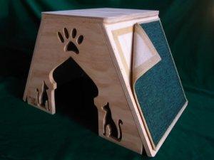 casa-para-gatos-abu-dhabi-con-rascador